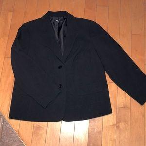 BOGO Nine West black fully lined blazer 18W